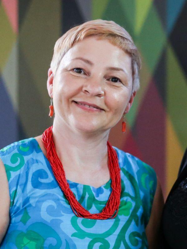 Ania Ziomkiewicz headshot