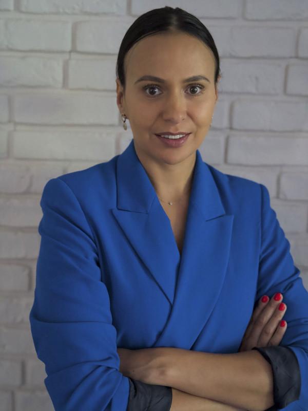 Joanna Talewicz headshot