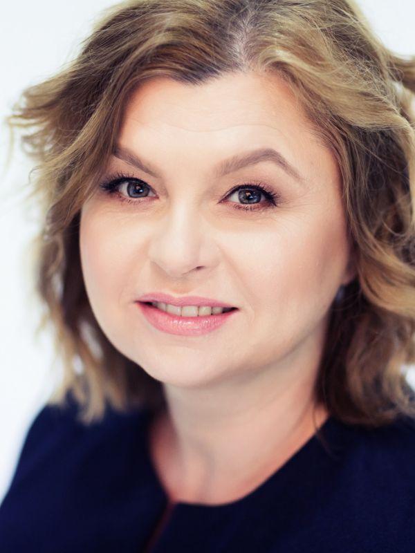 Dorota Dobija headshot