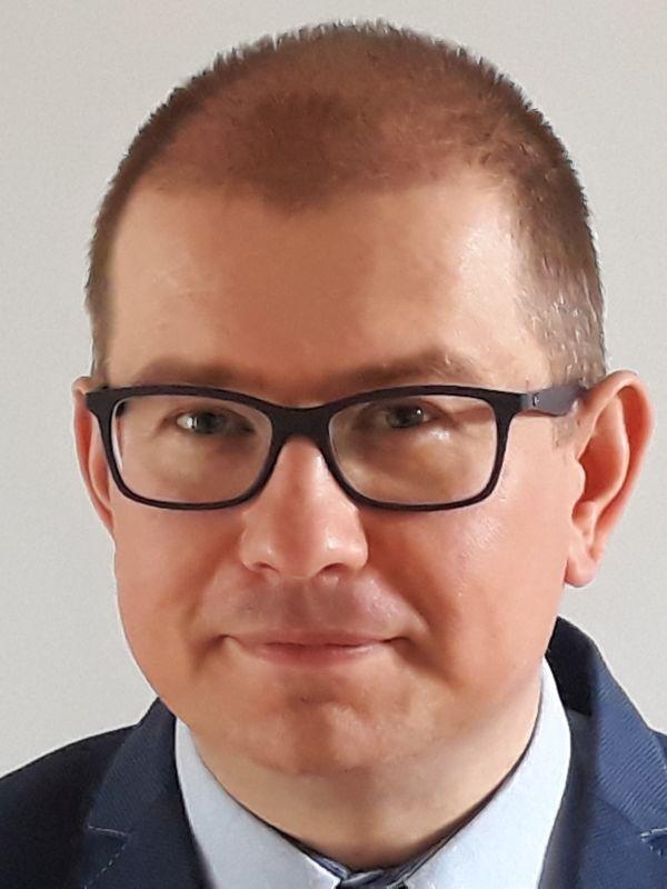 Marek Salamonowicz headshot